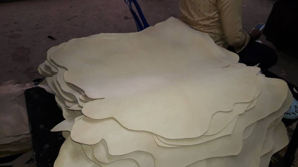 Buy Goat vegetable tanned leather